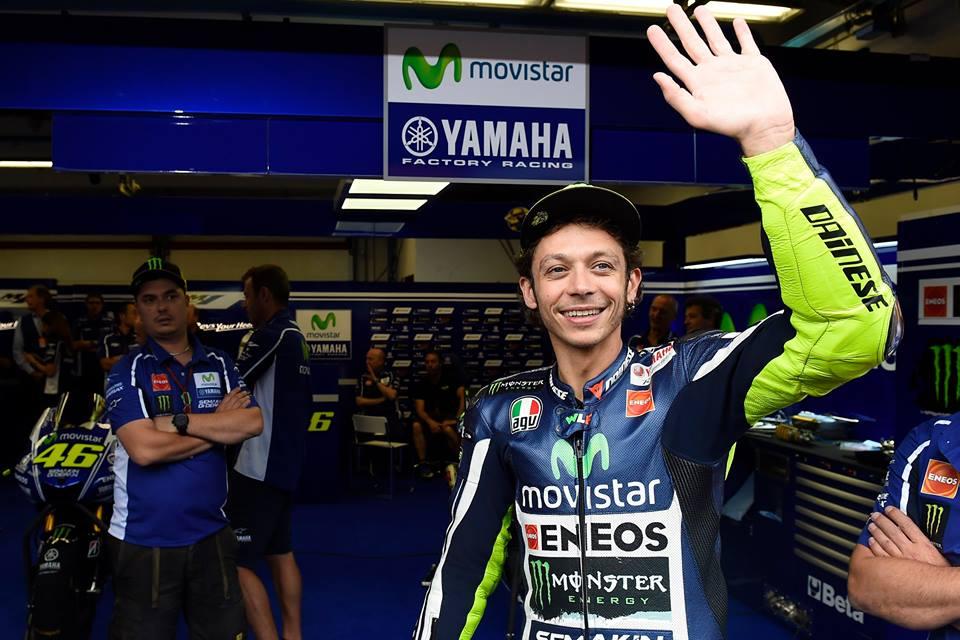 Huyen thoai Valentino Rossi va nhung hinh anh moi nhat - 15