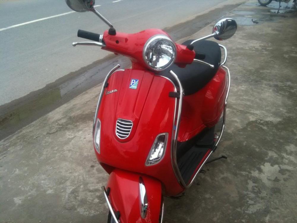 Mac dinh Ban Vespa LX 3V ie 125 doi cuoi 2013 xe moi 99 Zin 100 1 doi chu giay to day du