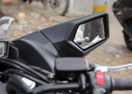 Scooter ham ho Honda NM4 2014 xuat hien o Sai Gon - 15