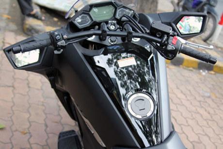 Scooter ham ho Honda NM4 2014 xuat hien o Sai Gon - 16