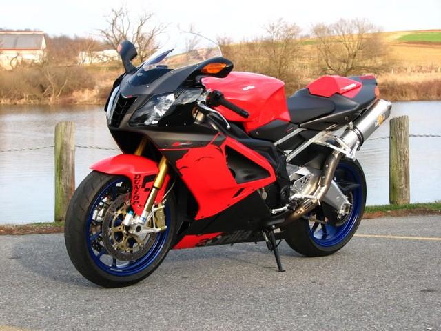 Top 10 sieu moto so huu toc do nhanh nhat the gioi - 3