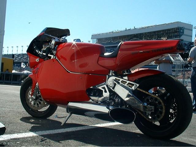 Top 10 sieu moto so huu toc do nhanh nhat the gioi - 8
