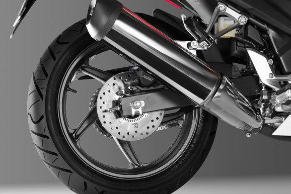 Honda CBR300R chinh thuc ra mat voi gia tam 100 trieu dong - 10