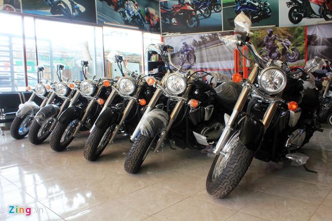 Kawasaki Vulcan 900 Classic 2014 xe khung voi gia hon 400 trieu dong tai VN