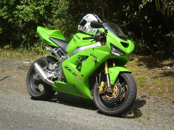 Nhung chiec moto Sportbike tot nhat den tu hang xe Nhat Ban - 5