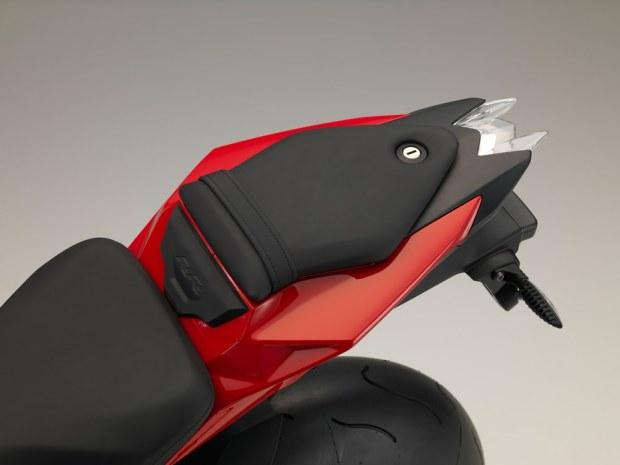 Sieu moto BMW S1000RR 2015 chinh thuc ra mat - 26