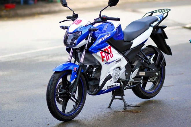 Yamaha FZ150i do la mat voi phien ban xanh Gp tai Sai Gon