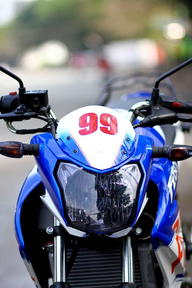 Yamaha FZ150i do la mat voi phien ban xanh Gp tai Sai Gon - 3