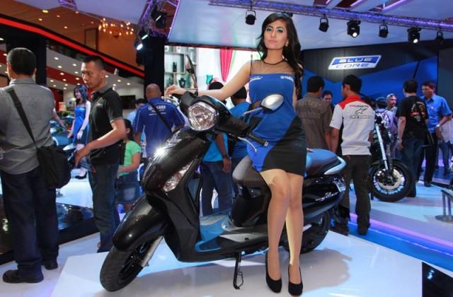 Yamaha Nozza Grande ra mat thi truong Indonesia