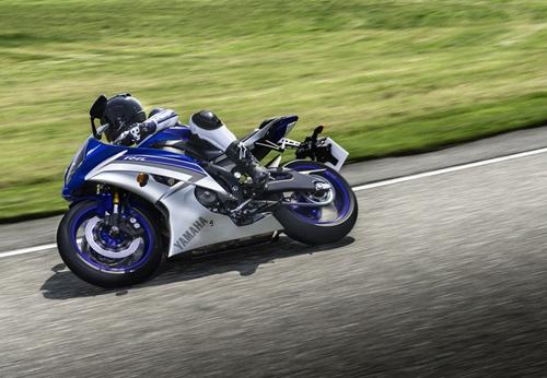 Yamaha R6 ra mat phien ban 2015 phong cach MotoGP - 7
