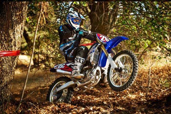 Yamaha ra mat bo doi xe dua dia hinh 250 phan khoi moi - 11