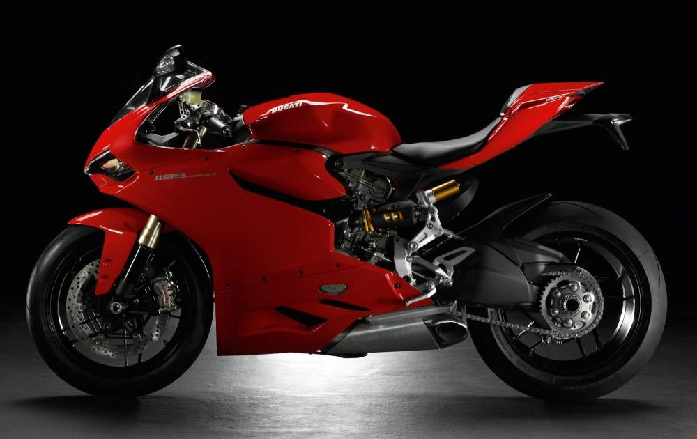 Ducati 1199 Panigale Sieu Motor thuong mai cung cai gia ngat nguong - 3