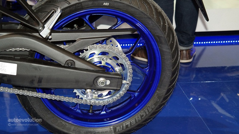 Yamaha YZFR3 chinh thuc ra mat tai EICMA 2014 - 6