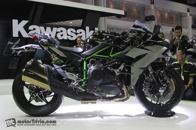 Dan xe moto do dang tai trien lam Motor Expo Thai Lan - 4