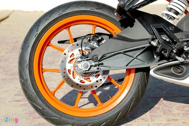 KTM RC390 Danh gia moto co nho cua KTM - 6