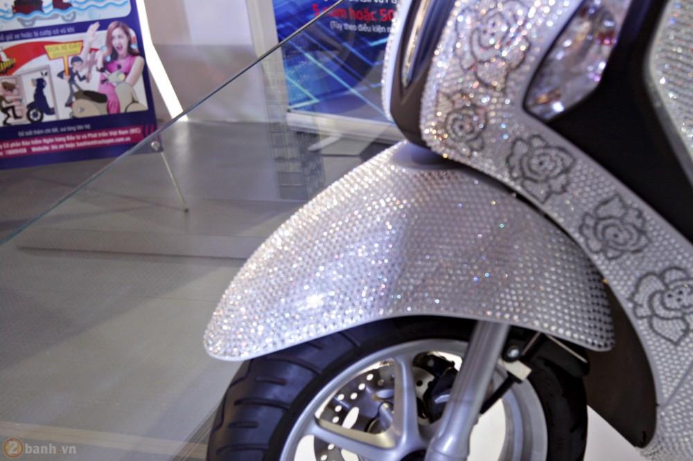 Yamaha Nozza Grande phien ban pha le Swarovski - 2