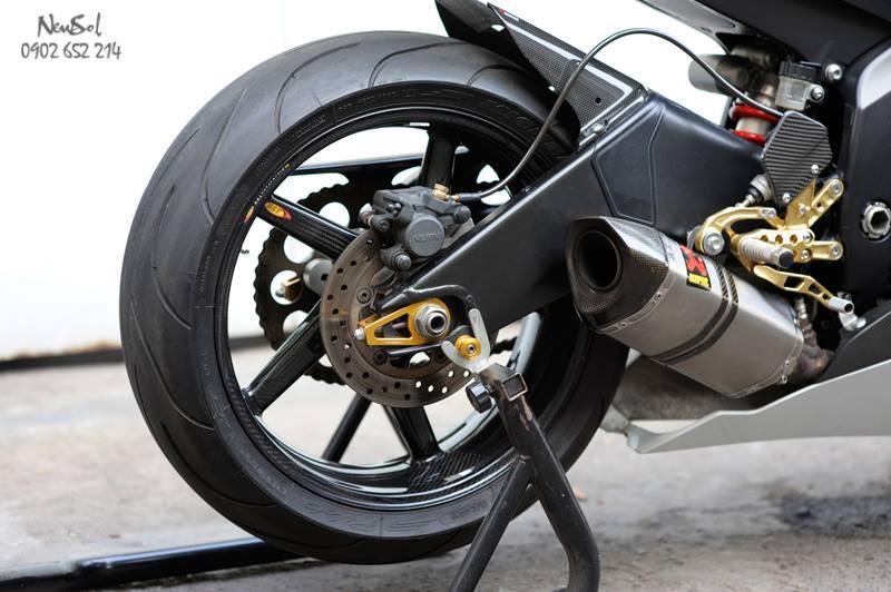Yamaha R6 voi nhieu do choi khung cua Biker Sai Gon - 18