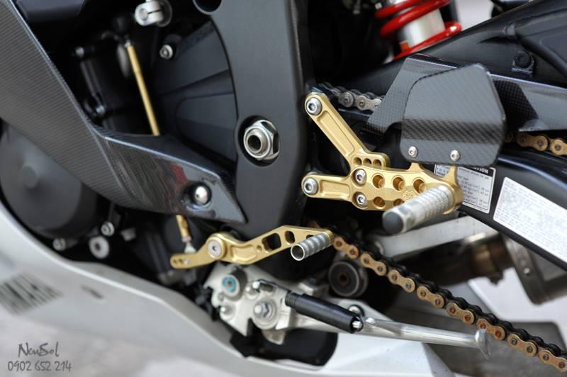 Yamaha R6 voi nhieu do choi khung cua Biker Sai Gon - 20