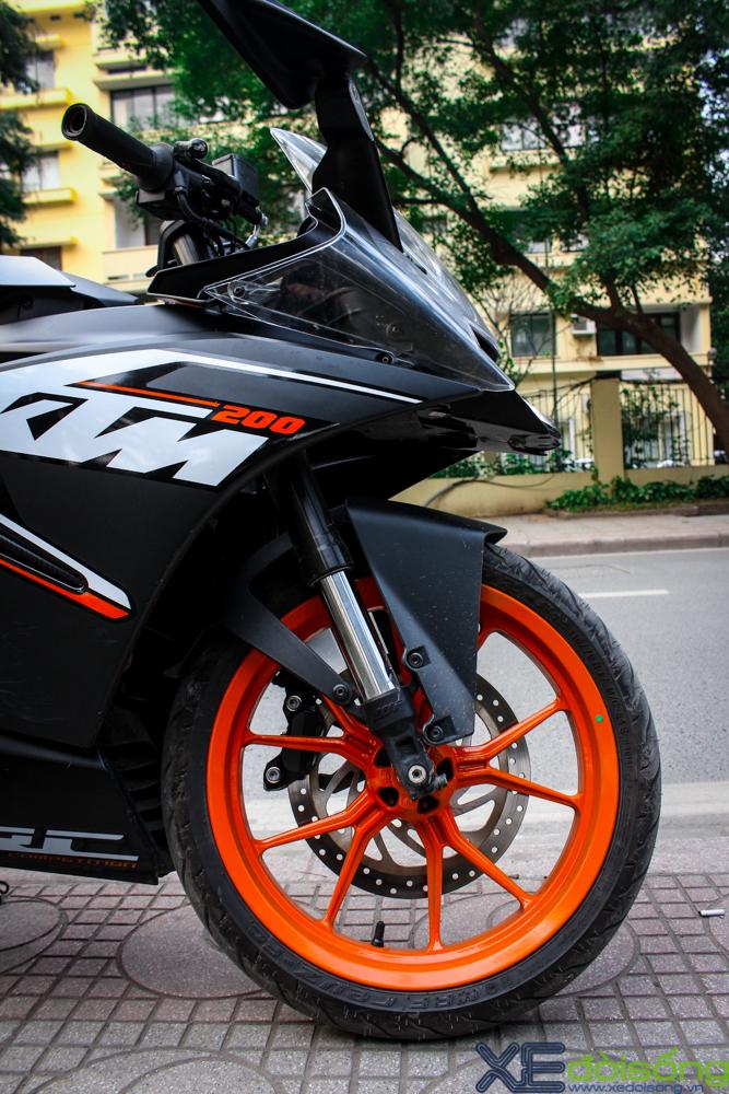 Can canh KTM RC200 chiec mo to gia re dau tien tai Ha Noi - 11