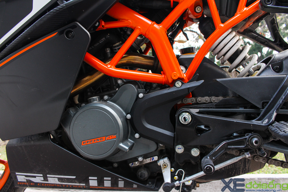 Can canh KTM RC200 chiec mo to gia re dau tien tai Ha Noi - 13
