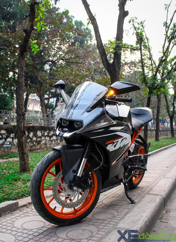 Can canh KTM RC200 chiec mo to gia re dau tien tai Ha Noi - 14