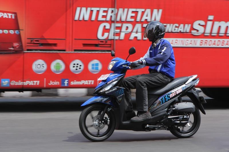 Suzuki ra mat mau xe tay ga moi co gia 25 trieu tai Indonesia