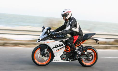 KTM RC390 Chiec Sportbike tam trung cho nguoi Viet Nam