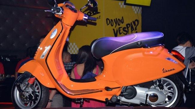 Vespa Sprint 150 vua ra mat tai Malaysia co gia cao hon tai VN
