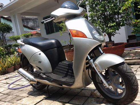 Honda Mot chiec xe vang bong 1 thoi tai Viet Nam - 2