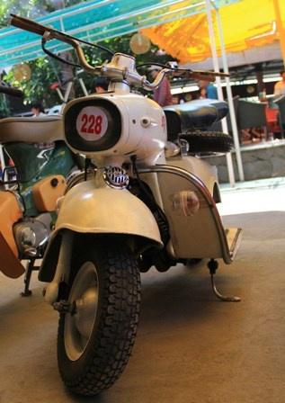 Chiem nguong 2 xe co Rumi Formichino hiem co o Viet Nam - 15