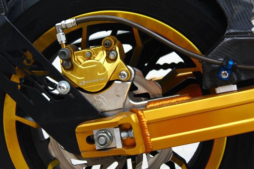 Honda MSX 125 do phong cach tren dat Thai - 5