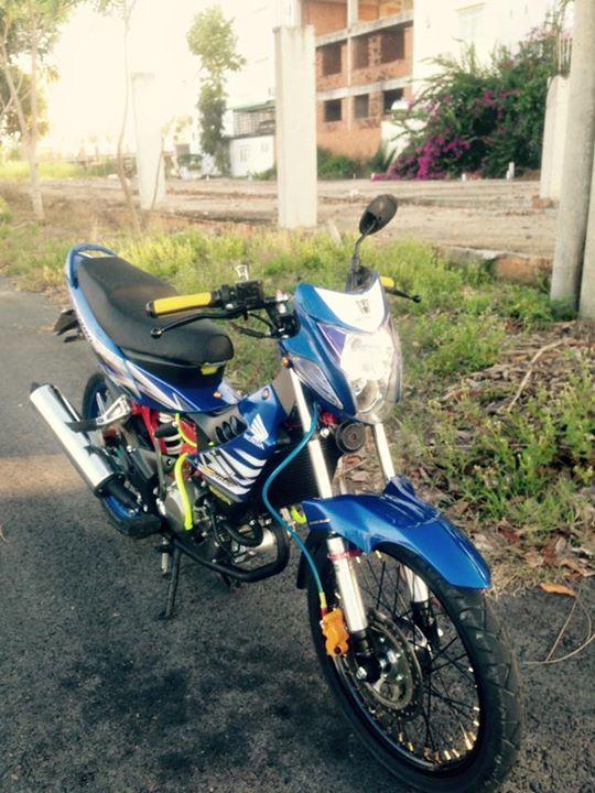 Honda Sonic 125cc su tro lai day an tuong - 7