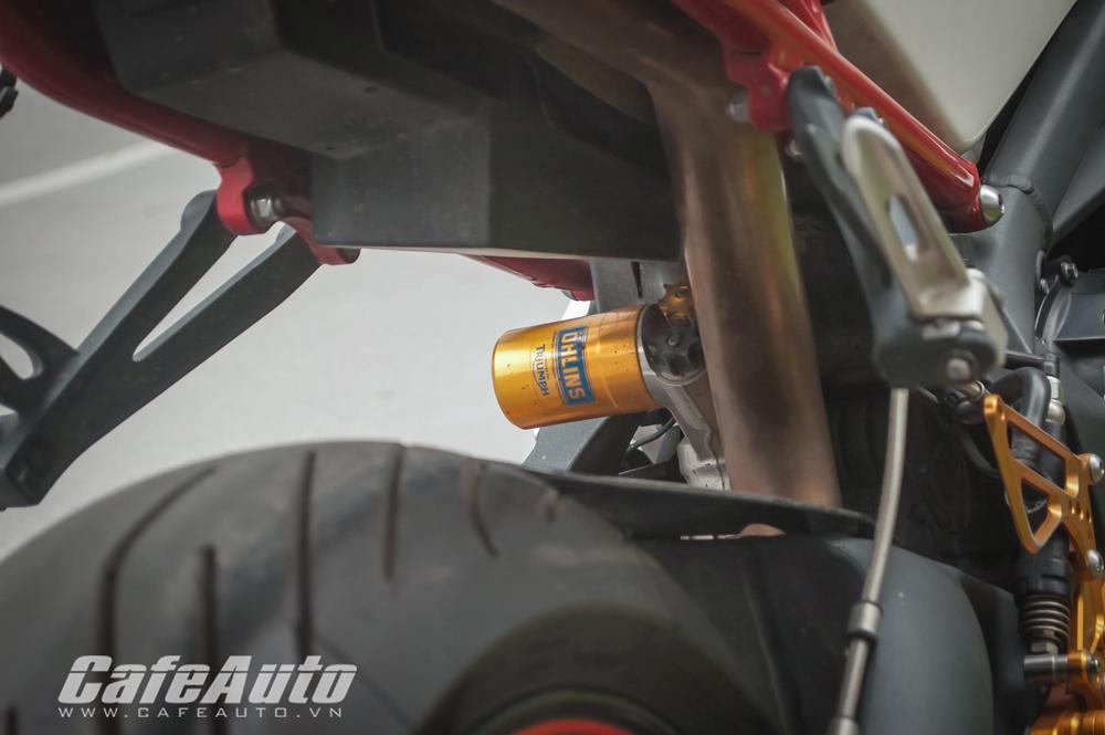 Triumph Daytona 675R xuat hien tren pho Ha Noi - 7