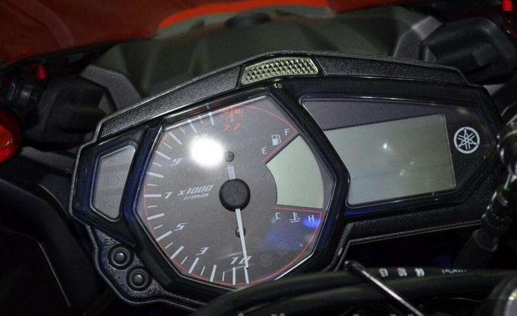Yamaha YZFR3 sap len ke voi gia khoan 96 trieu dong - 9