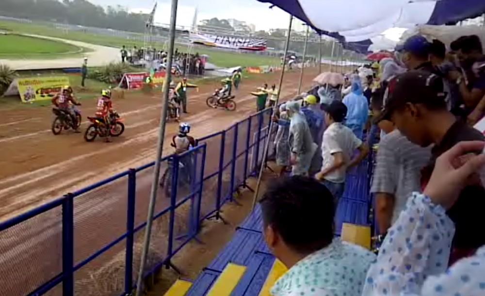 Clip dua xe 2 thi trong mua tai san Phu Tho - 6