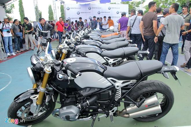 Dan moto BMW R NineT hoi tu ve Vietnam Motorbike Festival 2015 - 15