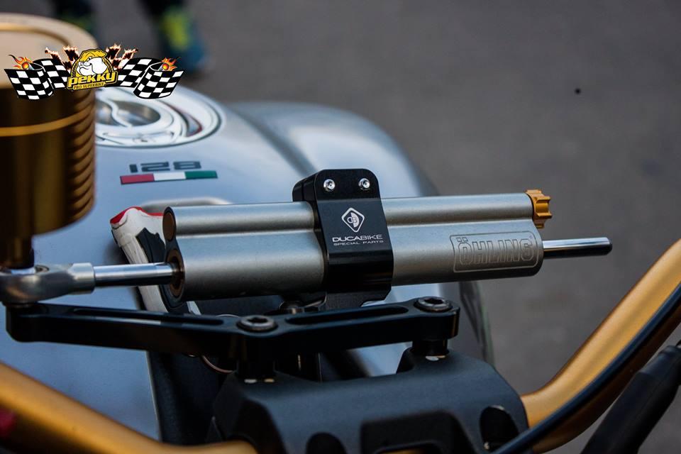 Ducati Monster 821 do chat choi voi nhung mon do choi xa xi - 3