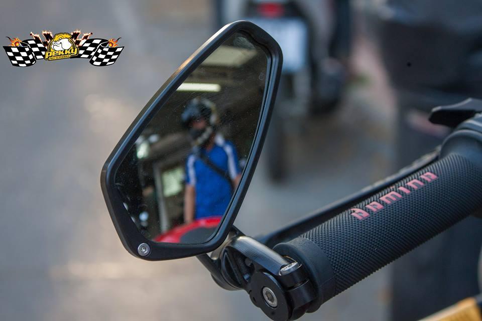 Ducati Monster 821 do chat choi voi nhung mon do choi xa xi - 6