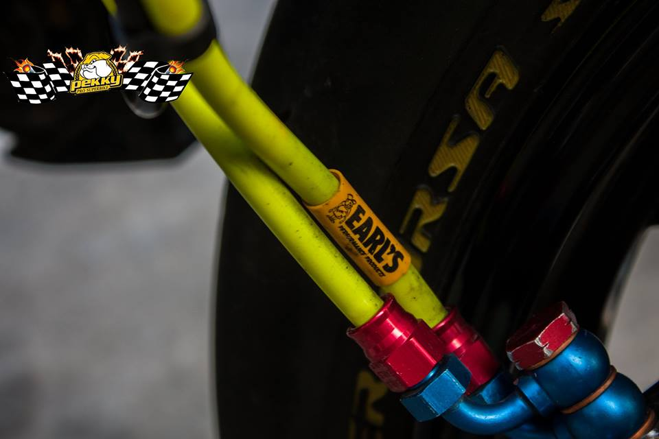Ducati Monster 821 do chat choi voi nhung mon do choi xa xi - 13