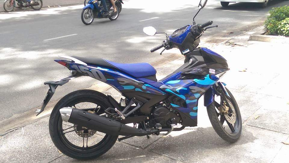 Exciter 150 GP Phien ban Camo - 2