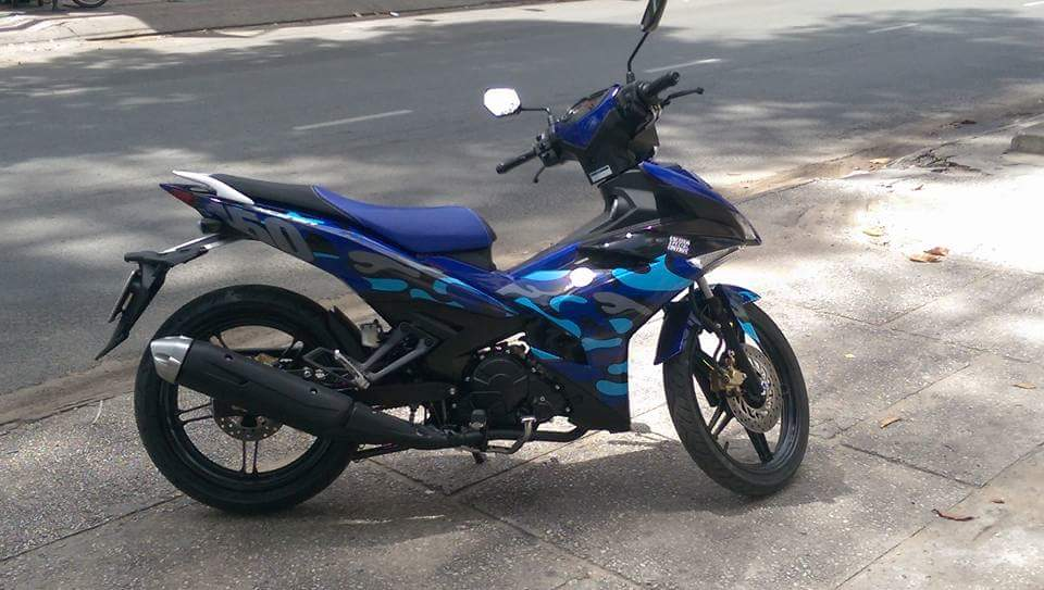 Exciter 150 GP Phien ban Camo - 3