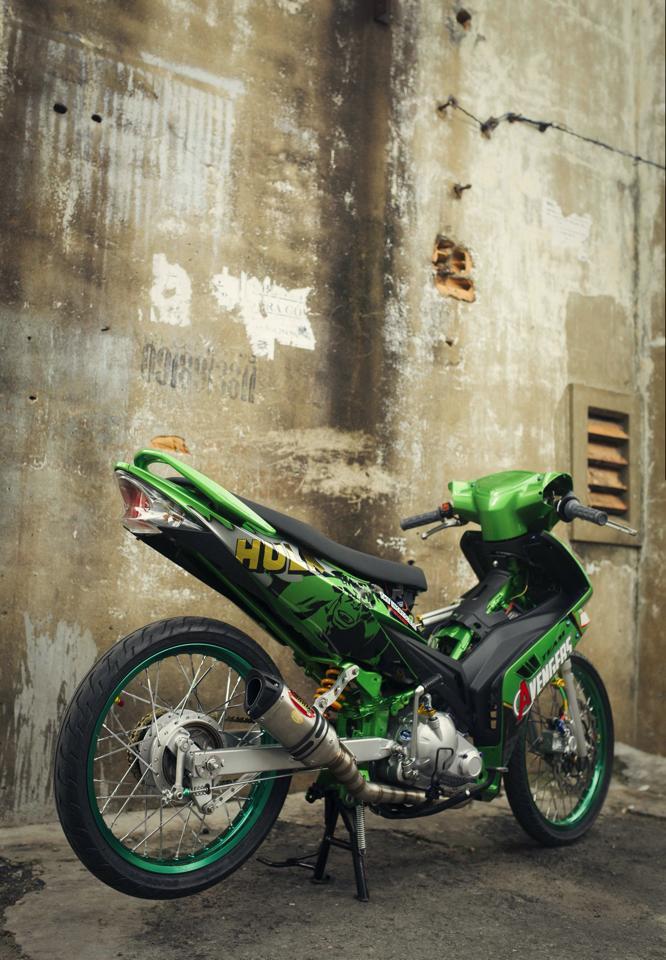 Exciter phien ban Avengers Hulk - 2
