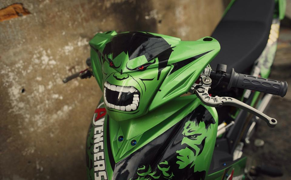 Exciter phien ban Avengers Hulk - 6