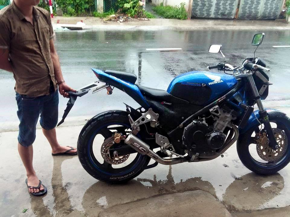 Honda CB1 Duoc tan trang voi phong cach do doc la - 3