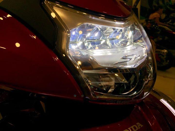 Honda Sh300i 2015 dau tien ve Viet Nam voi gia hon 300 trieu dong - 3