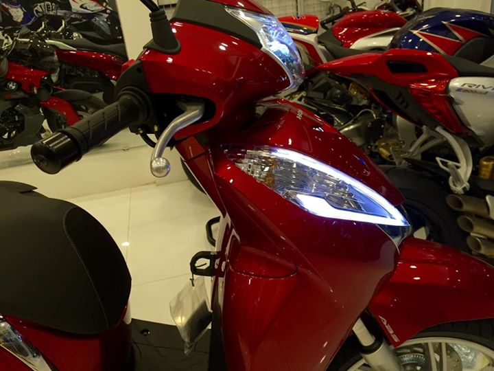 Honda Sh300i 2015 dau tien ve Viet Nam voi gia hon 300 trieu dong - 6