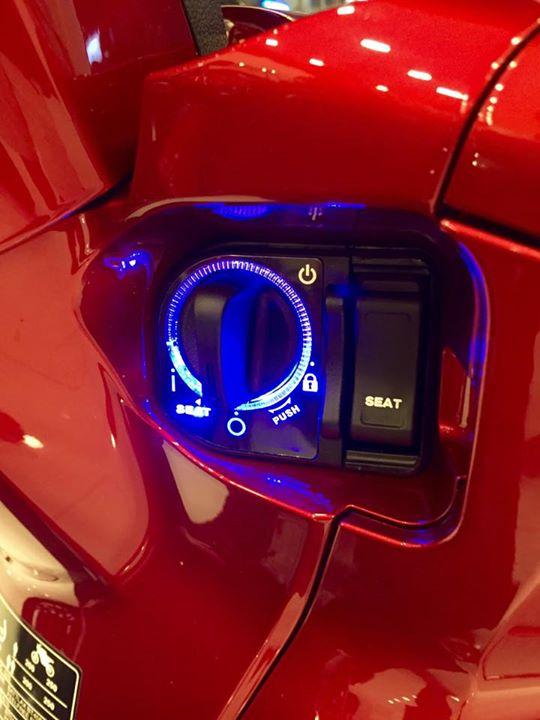 Honda Sh300i 2015 dau tien ve Viet Nam voi gia hon 300 trieu dong - 12