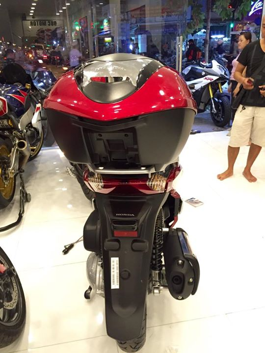 Honda Sh300i 2015 dau tien ve Viet Nam voi gia hon 300 trieu dong - 14