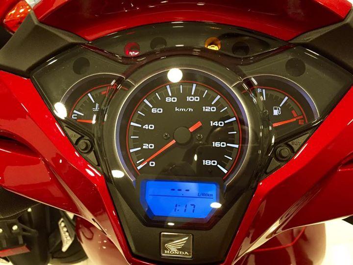 Honda Sh300i 2015 dau tien ve Viet Nam voi gia hon 300 trieu dong - 16
