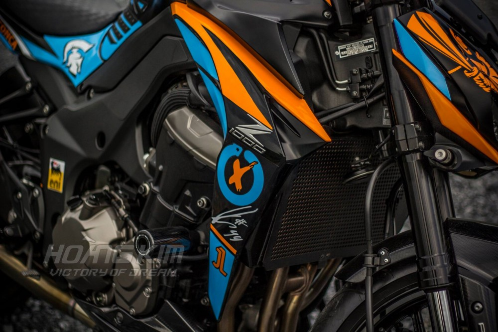 Kawasaki Z1000 dep an tuong voi phien ban Lorenzo Knight - 3